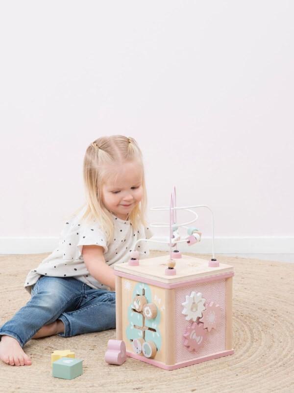 Cub din lemn pentru activităţi, roz