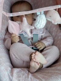 Jucărie pentru cărucior Ocean Pink