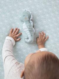 Jucărie zornăitoare Căluţ de Mare Ocean Mint